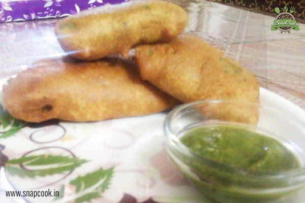 Palak Pakoda (Spinach Fritters)