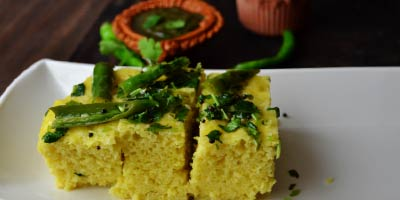 Besan dhokla recipe – How to make besan dhokla in cooker or cooking pot